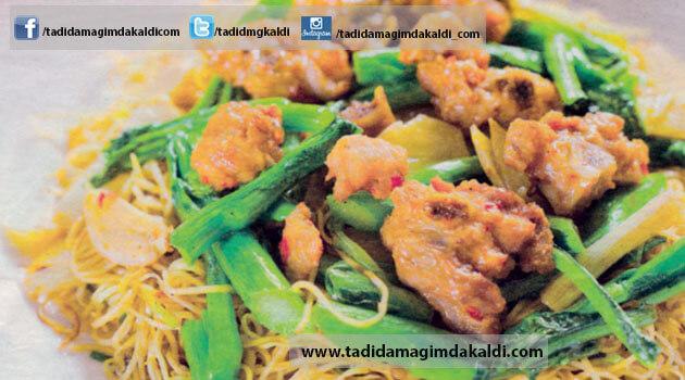 tavuklu Noodle-Chow Main